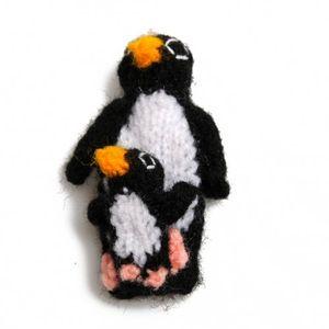 Kleine Fingerpuppe Pinguine mit Kind