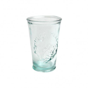 Saftglas aus grünem recyceltem Glas